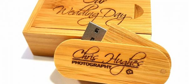 Wooden USB stick and presentation box